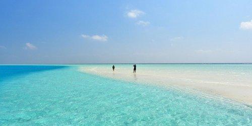Malediwy na własną rękę w czasach COVID-19 - jak zorganizować wyjazd i czy jest bezpiecznie?